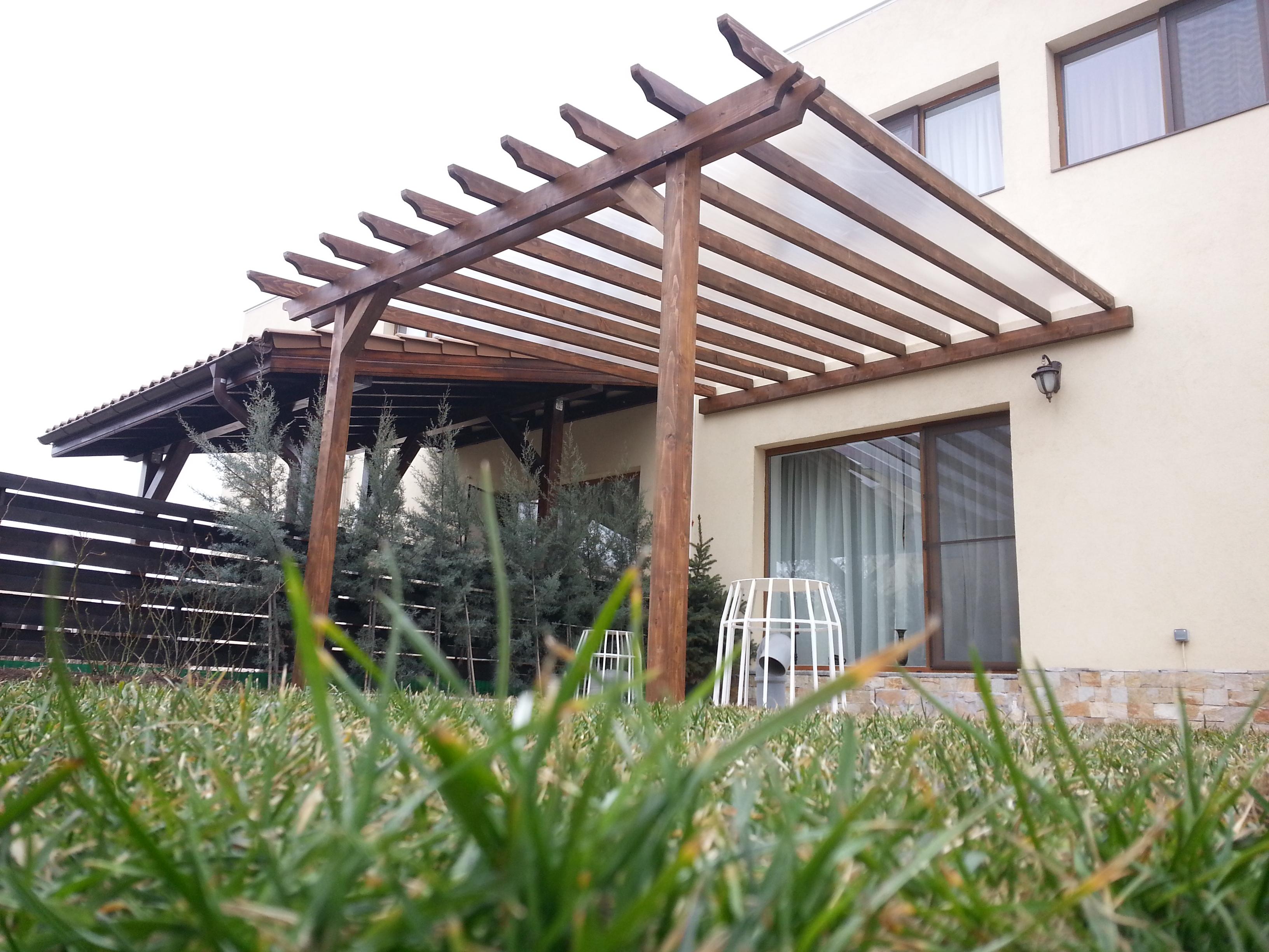 Preturi terase din lemn garduri din lemn modele terase for Modele case cu terase acoperite