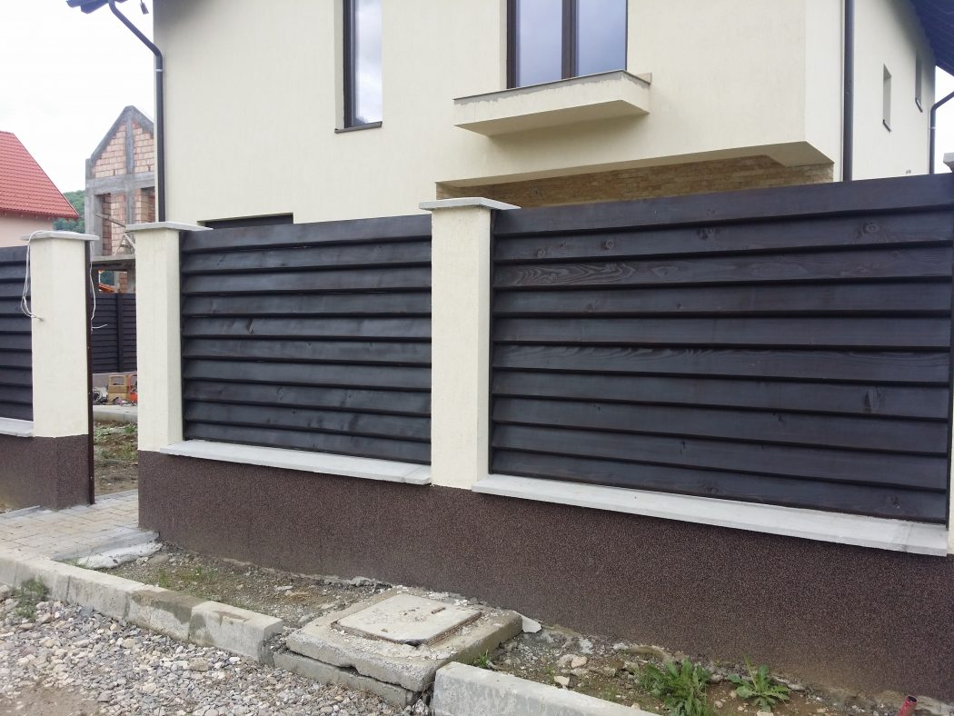 Preturi garduri din lemn garduri din lemn modele terase for Modele de garduri pentru case