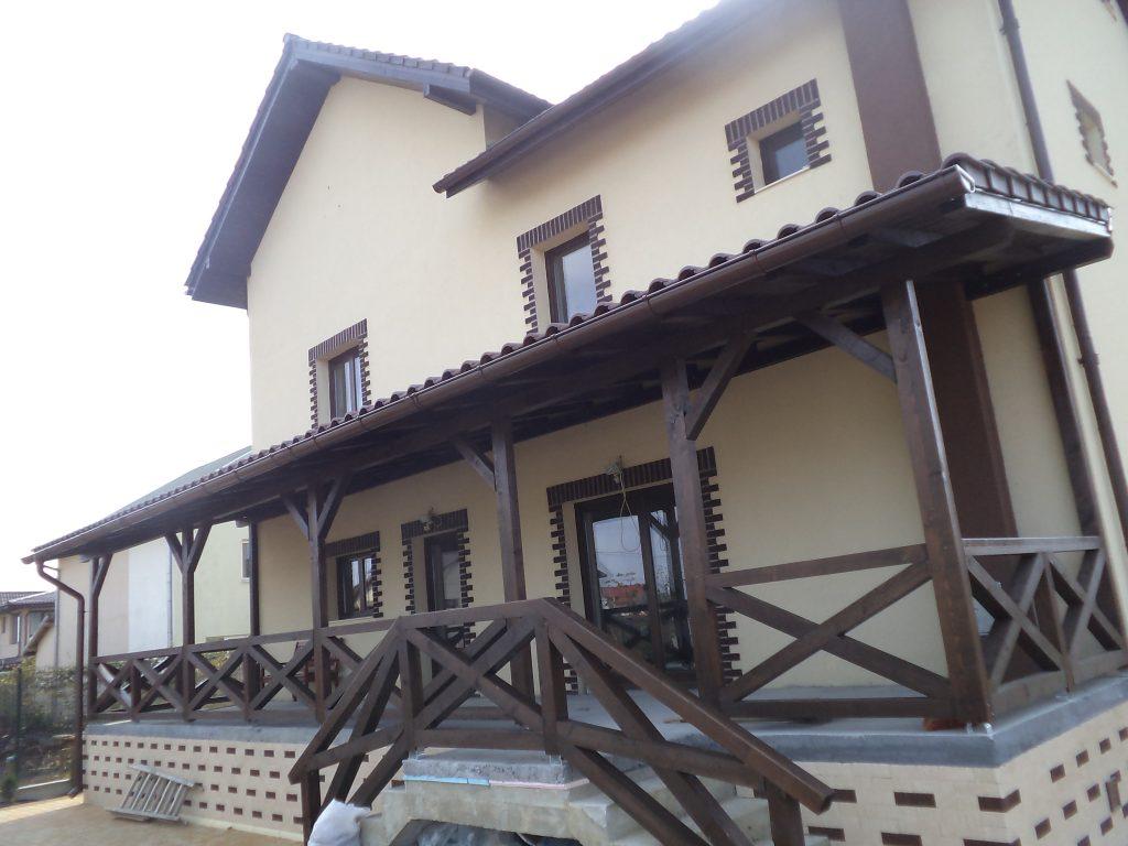 Terase din lemn inchise garduri din lemn modele terase for Modele case cu terase acoperite